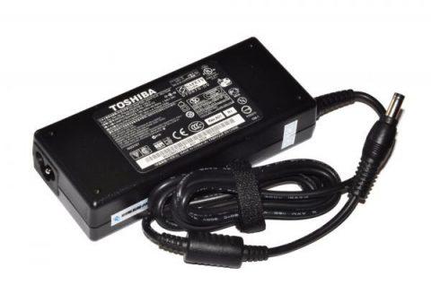 Delta-Toshiba-SATELLITE-A200-Notebook-Adaptor